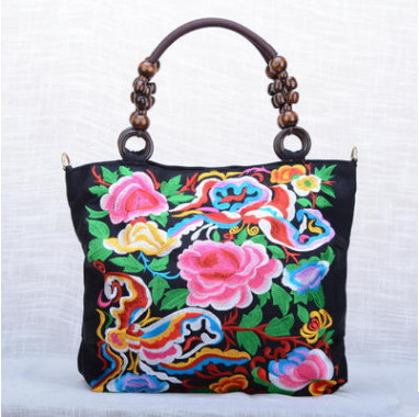 New Vintage Floral embroidery bags!All-match Multi-use handbags Top Women casual embroidered bag wood beads travel shopping bag