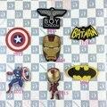 Estilo japonés Harajuku MUCHACHO de la Historieta DEL Capitán América, Iron Man, Batman Acrílico Broche Insignia Accesorios TrinketsJewelry