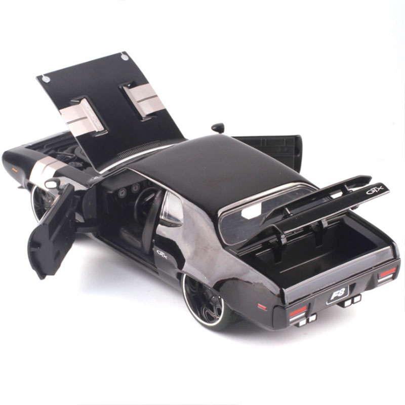 1:24 échelle métal alliage classique haute Simulation voiture moulé sous pression modèle rapide et furieux F8 Plymouth GTX jouet Collection Furious8 F cadeau