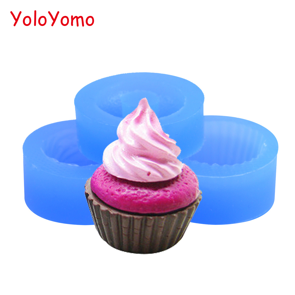 Free shipping! 20 Pcs.of Dollhouse Miniature  Cupcake Muffin for Kawaii Charms