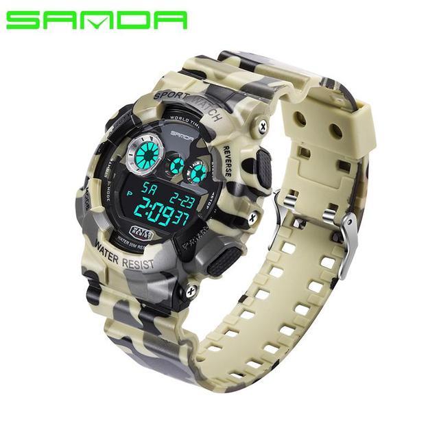 a7883f281be2 Los hombres reloj deportivo Digital analógico de cuarzo pulsera luminosa  camuflaje SANDA S Shock Relojes LED