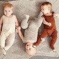 2016 Otoño Bib Mamelucos Del Bebé Marrón Amarillento de Punto Caliente Estilo Cebra Ropa de Bebé Mameluco Pies Cubiertos Body Suits 70-80-90-100cm
