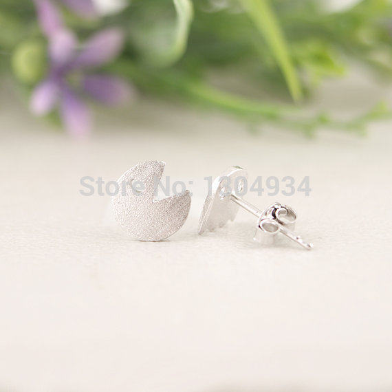 Jisensp Fashion Korean Cute Earrings Tiny Surgical Steel Pac Man And Phantom Post Brincos Bijoux For Women S Gifts