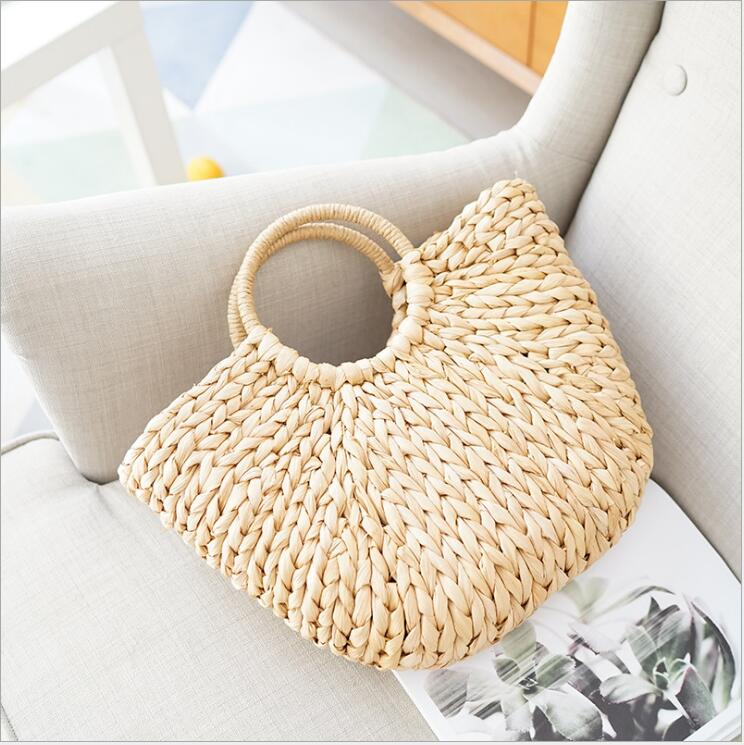 Famous Designer Ladies Woven Knitting Messenger Crossbody Bags New Summer girls Bohemian Women Tassel Straw Small Beach Handbag.Famous Designer Ladies Woven Knitting Messenger Crossbody Bags New Summer girls Bohemian Women Tassel Straw Small Beach Handbag.