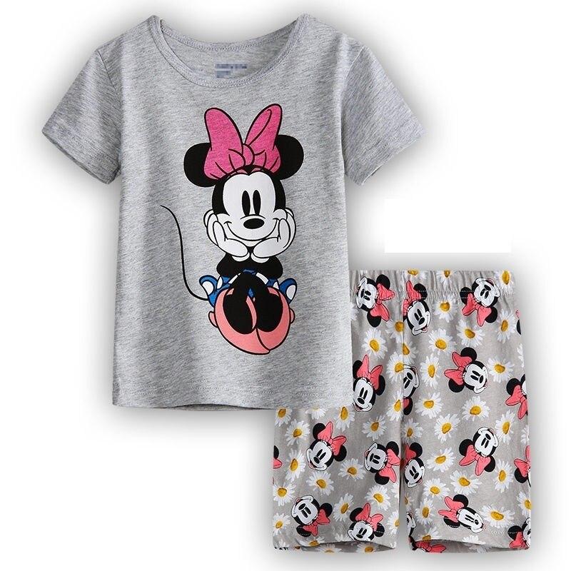 Пижамы и Халаты для девочек 100%