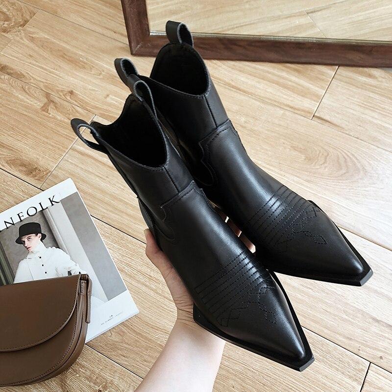 ISNOM الغربية حذاء من الجلد رعاة البقر النساء الجوارب الأزياء وأشار حذاء مزود بفتحة للأصابع الإناث سميكة الكعوب الكوبية أحذية من الجلد السيدات الخريف-في أحذية الكاحل من أحذية على  مجموعة 2