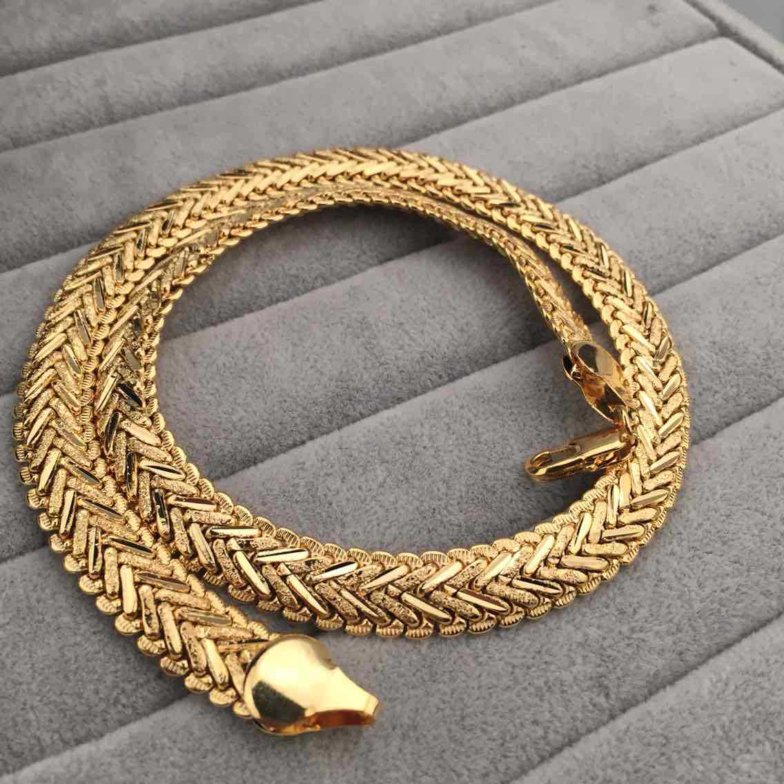 ae2eeb2bfe84b Heavy Splendid Men's Real Yellow Gold Plated Solid Snakeskin Necklace Chain  (Color:Yellow;Size:1.2cm*50cm)-in Chain Necklaces from Jewelry & ...