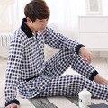 Cinza claro Xadrez pijamas Pijama Sleepwear Camisola Dos Homens masculinos 2017 Dos Homens do Outono Inverno Sleepwear pijama de natal da família