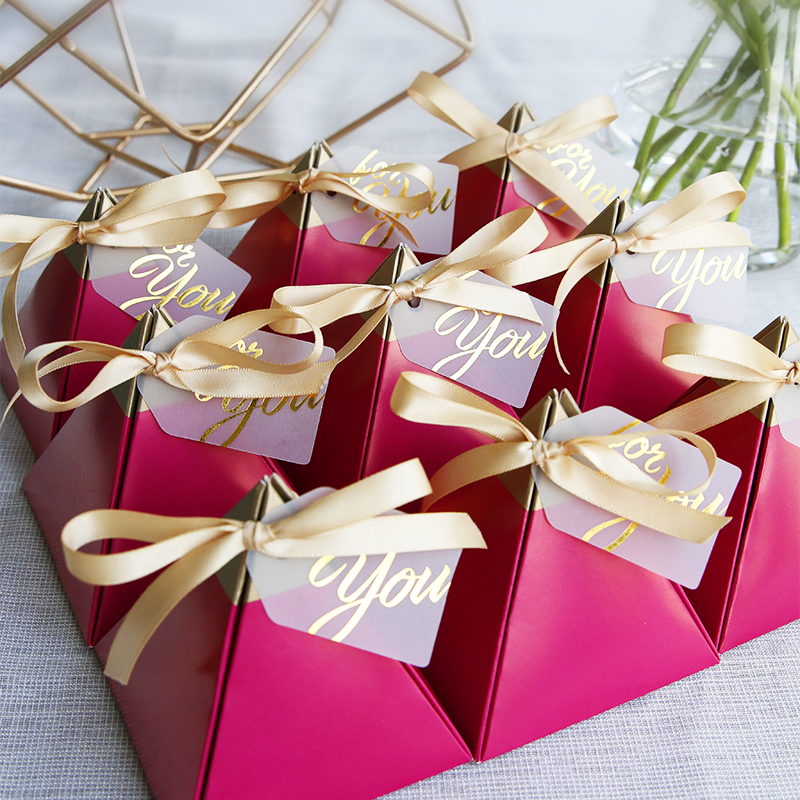 Rose Red Triangular Pyramid Style Candy Box Wedding Favors Party Supplies Paper Gift Boxes With THANKS Card Chocolate Box