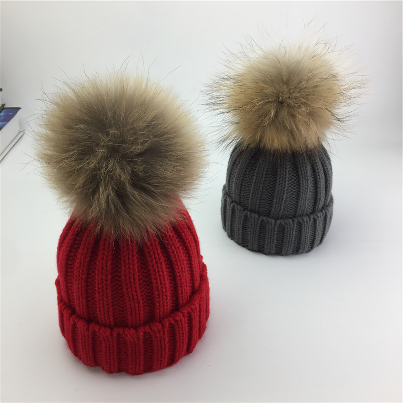 KNB042A Kids Girls detachable 14cm Raccoon fur pom pom warm knitted hat 2-8 years Children knit beanies skullies caps bonnet new star spring cotton baby hat for 6 months 2 years with fluffy raccoon fox fur pom poms touca kids caps for boys and girls