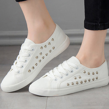 Fashion Rivet Canvas Shoes Women Large Size 42-44 Light Weight Walking White Sneakers For Ladies Lace Up Alpargatas