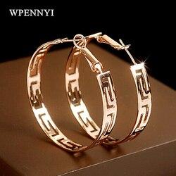 Cor de ouro rosa marca design forma redonda atemporal estilo requintado lady hoop brincos atacado