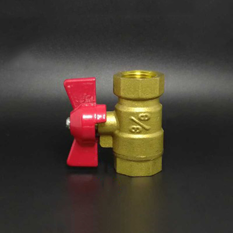 38 BSP Female x 38 BSP Female Thread Two Way Brass Shut Off Ball Valve With Butterfly Handle For Fuel Gas Water Oil Air