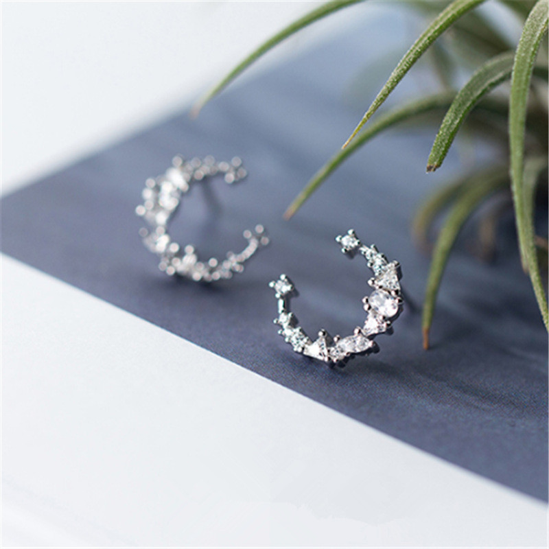 High Grade Rhinestone Moon Shaped Silver Color Stud Earrings For Women Girl Simple Style Ear Jewelry Birthday Gifts