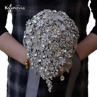 Kyunovia Cascading Teardrop Bouquet Silver Brooch Bouquet Wedding Accessories Jewelry Bouquet Crystal Cascade Bouquet FE69