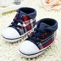 Niño lindo Bebé Muchachos de la Tela Escocesa Atan Para Arriba Los Zapatos de Suela Suave Zapatos de Bebé Prewalker