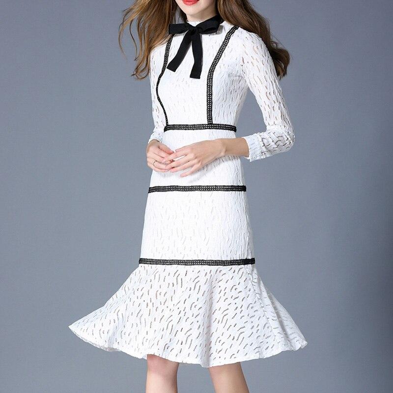 2018 di autunno nuove donne di modo abiti lunghi a maniche lunghe dell'arco del collare del basamento sottile del Vestito dell'anca del sacchetto di stile di Gusto Squisito bianco di pizzo vestito - 3