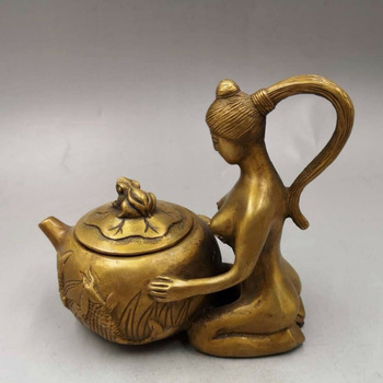 Chinese Antique Old copper handmade Lady Lotus teapot flagon Home decoration