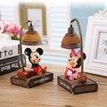 Bonito dos desenhos animados mickey Minnie mouse Resina Ornamento desk luz da noite da lâmpada Artesanato Estatueta Para Casa Decoração de mesa de Decoração para o presente dos miúdos