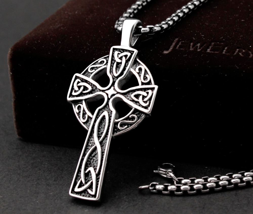 1 pcs Retro Irish Celtics Cross Pendant Necklace Classical Romantic
