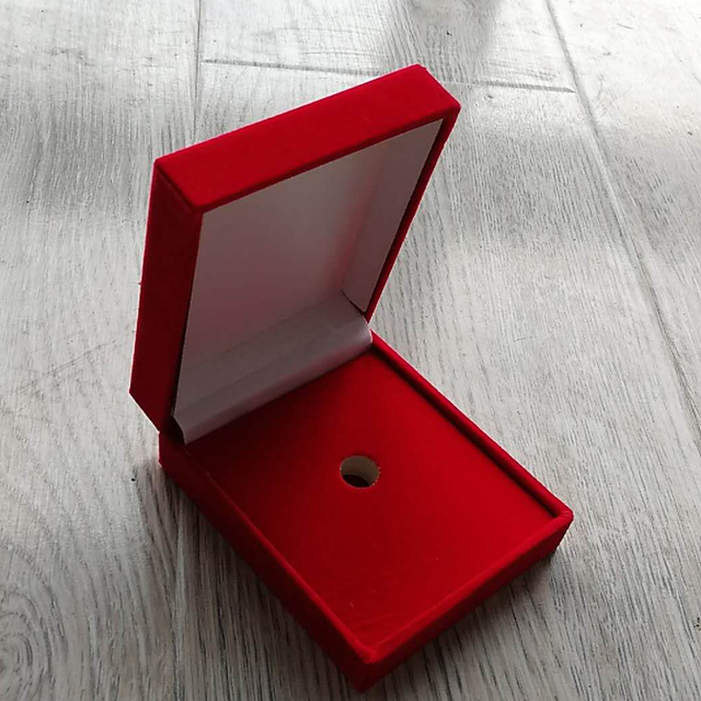 US $1 99 |Hot sale Red Velvet Gift Box for Jewellery High Quality Lapel  Pins Brooch or Badge Pin Box Butterfly Cluth Lapel Pins Box -in Jewelry