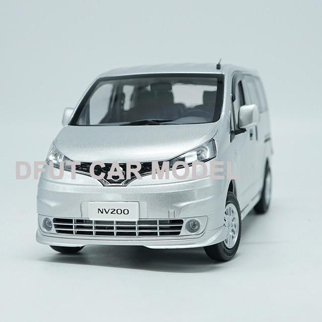 Fundición 1:18 de aleación de coche de juguete negocios modelo NV200 coches Original autorizado auténtico para regalo y colección