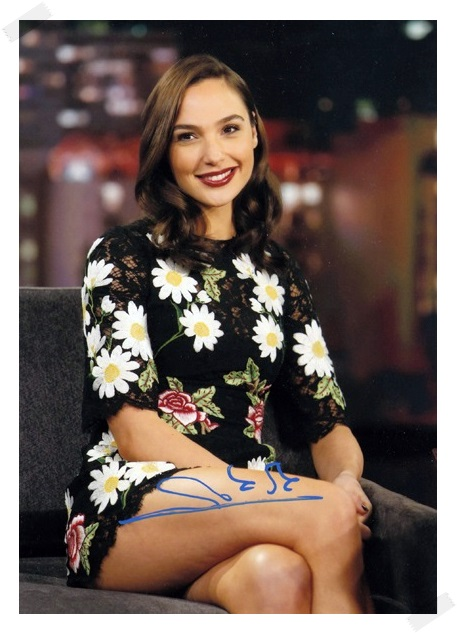 signed Gal Gadot  autographed  original photo  7 inches freeshipping 6 versions 072017 signed cnblue jung yong hwa autographed photo do disturb 4 6 inches freeshipping 072017 01