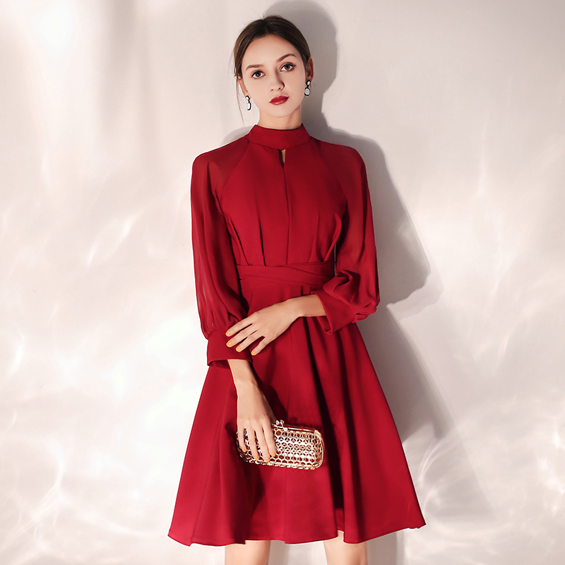 Sexy Halter Long Sleeves Zipper Back Above Knee Mini Wine Red Cocktail Dress Custom Short Party Dress LF387