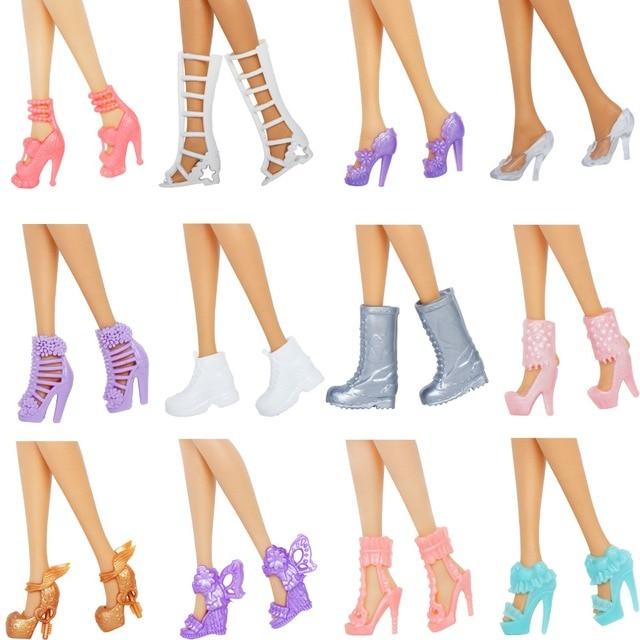 12 Pairs Scarpe Da Bambola di stile Della Miscela di Alta Tacchi Alti Sandali Stivali Scarpe Assortiti Colorati Accessori Per Barbie Bambola Del Bambino di Natale FAI DA TE giocattolo 1