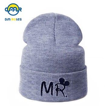 Ciepła zimowa czapka dziecięca z napisem