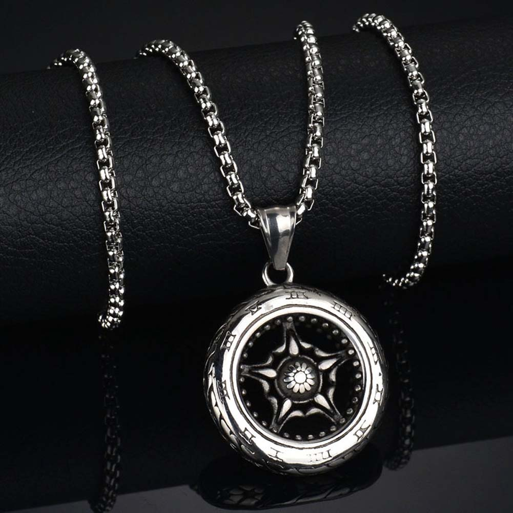 Men S Roman Numeral Wheel On A Stainless Steel Chain Pendant