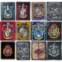 NEW 115x150cm Action Figure Harri Potter Gryffindor Slytherin Hufflerpuff Ravenclaw Tapestry with Badge Tassels Carpet Party Toy
