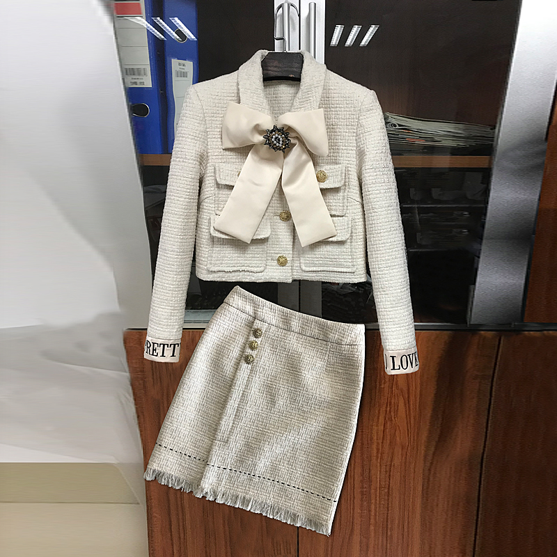 2018 Winter Dress New Butterfly Knot Chic Small Fragrance tweed jacket High waist A shaped skirt two piece suit for women in Women 39 s Sets from Women 39 s Clothing