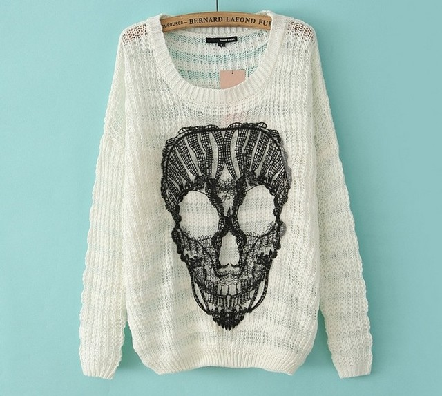 Retail S-L Ladies skull print white black knitted jumper woman sweater top  Free Shipping e0738ff9b
