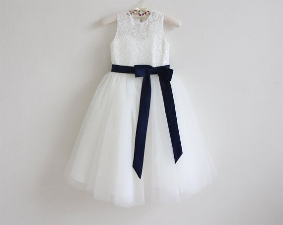 Lace Flower Girls Dresses For Wedding Gowns White And Ivory Kids Prom Dresses Knee-Length Tulle Mother Daughter Dresses short flower girls dresses for wedding gowns knee length kids prom dresses lace dress girl tulle mother daughter dresses