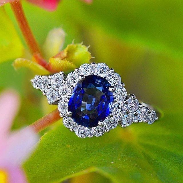 HUITAN élégant Viintage Boho bague avec réglage en pierre bleu profond dames accessoires préférés cadeau d'été pour petite amie