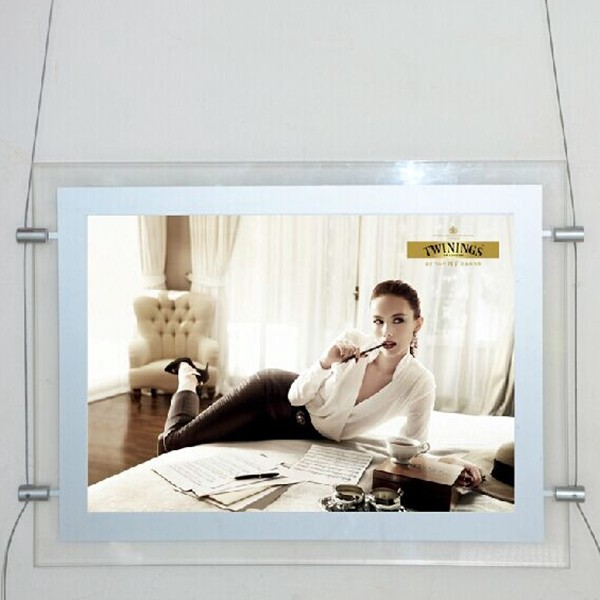 2015-New-Arrived-2-sides-Magnetic-Acrylic-Frame-A4-Size-Display-Light-Box-for-Real-Estate