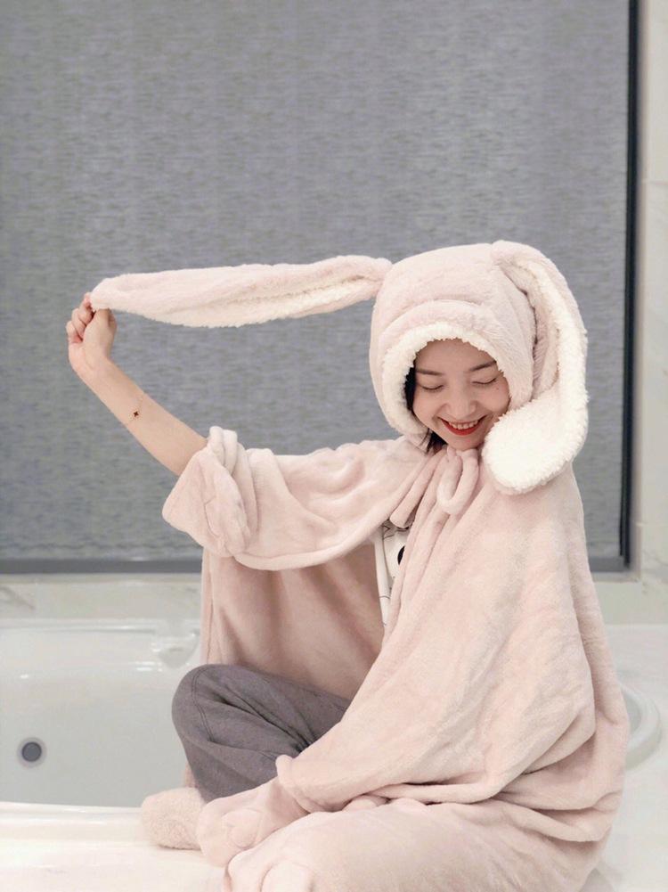 Cute Pink Comfy Blanket Sweatshirt Winter Warm Adults and Children Rabbit Ear Hooded Fleece Blanket Sleepwear Huge Bed Blankets 64