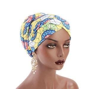 Image 2 - Müslüman kadınlar baskı pamuk sünger çapraz türban şapka kanser kemoterapi kemo kasketleri Caps Headwrap saç dökülmesi kapak aksesuarları