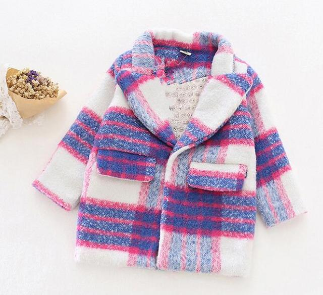 2016 winter and autumn new children 's clothing thickening woolen coat children plaid blends clothes for girls covered button