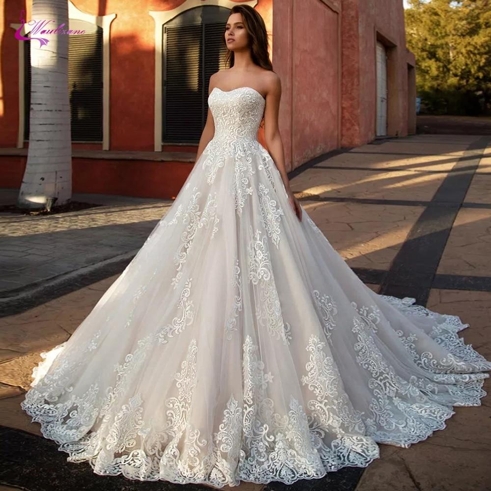 Waulizane Strapless Neckline Of A Line Lace Wedding Dress With Sleeveless Bridal Dress
