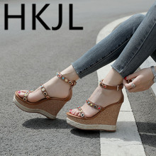 HKJL Fashion 2019 summer new wedge sandals Bohemian Roman womens shoes real leather color rivet rib sole slip Q008