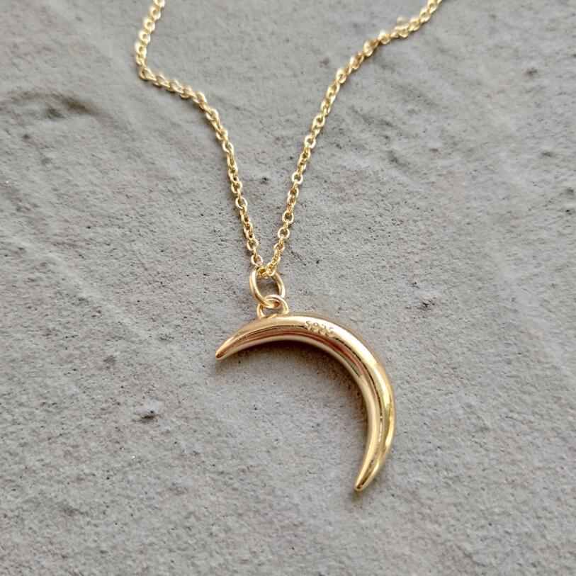 HTB1wJqmpcUrBKNjSZPxq6x00pXaM - Silver Moon Necklace - MillennialShoppe.com | for Millennials