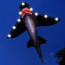 Черный светодиодный воздушный змей в виде акулы, Однолинейный светящийся воздушный змей, Летающий для детей, детские игрушки на открытом воздухе, пляжный змей с ручкой и линией