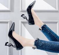 Hot Selling Musical Notation Design Heels Woman Shoe Black Patent Leather Pointed toe High Heel Shoe 2019 Strange Heel Pumps