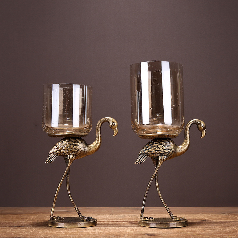 Ev ve Bahçe'ten Mumluklar'de 1 çift Düğün Şamdan Küçük Kuş Şekli Metal Şamdan Yüksek dereceli Cam Şamdan Düğün Şamdan Ev Dekorasyonu'da  Grup 3