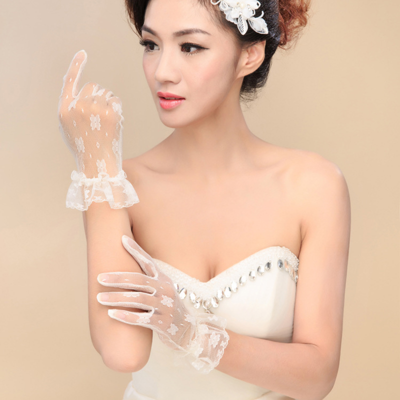 Multiple Colour Elastic Mesh Cloth Party Formal Etiquette Glove Women Nightclub Sexy Short Lace Princess Erotic Dance Gloves A71