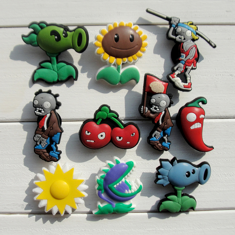 100pcs Plants Vs Zombies PVC Shoe Buckles Shoe Charms Fit Croc For Shoes&wristbands With Holes Furniture Accessories Party Gifts