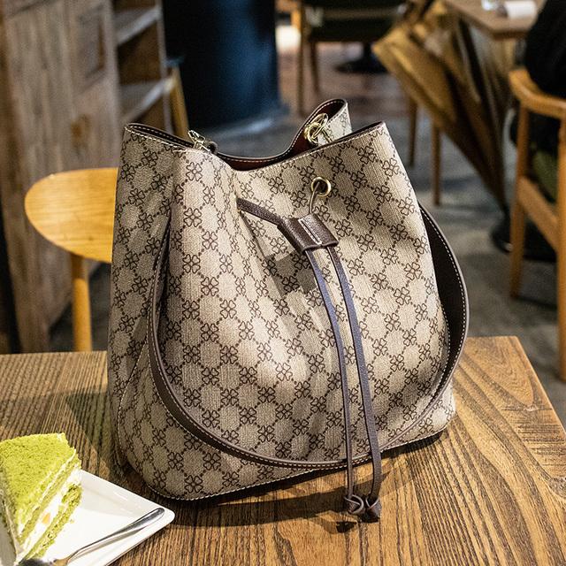 Shoulder Bucket Bag