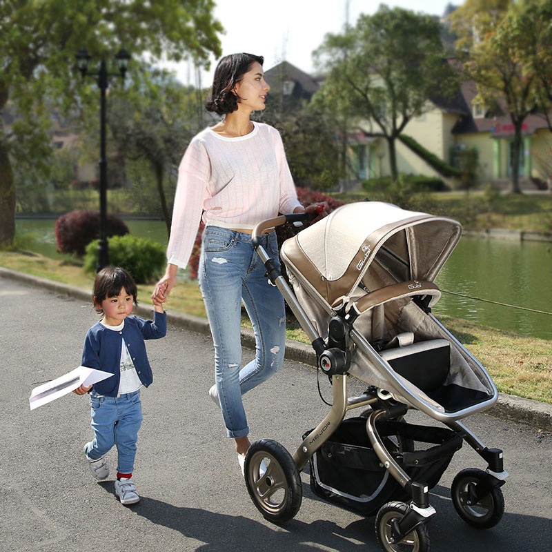 GUBI Baby Stroller Baby Trolley High Landscape 4 Wheels Cart Folding Light Baby Pram Can Sit & Lie Down Baby Car Pushchair baby stroller high landscape can sit and lie trolley high quality folding baby cart children s pram
